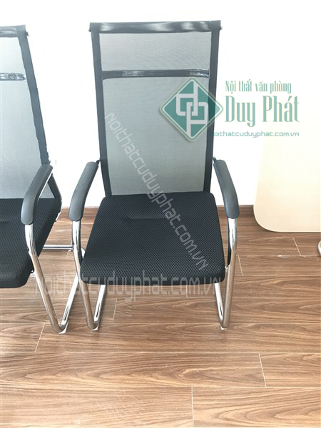 Ghế chân quỳ có bền không khi làm bằng lưới