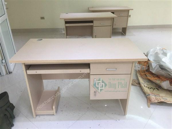 Mẫu bàn ghế văn khi được sửa chữa giống như bàn ghế mới