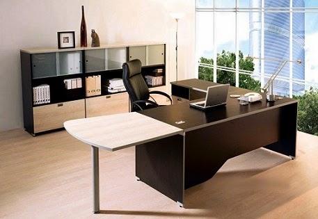 Cách chọn bàn giám đốc cho SẾP Nữ Sang Trọng hợp mệnh tuổi