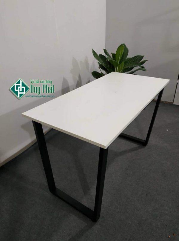 Mẫu sản phẩm thanh lý bàn ghế văn phòng ở Đống Đa tại Duy Phát