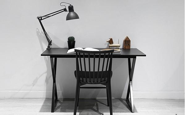 Mẫu bàn làm việc hiện đại chân chữ X nghệ thuật