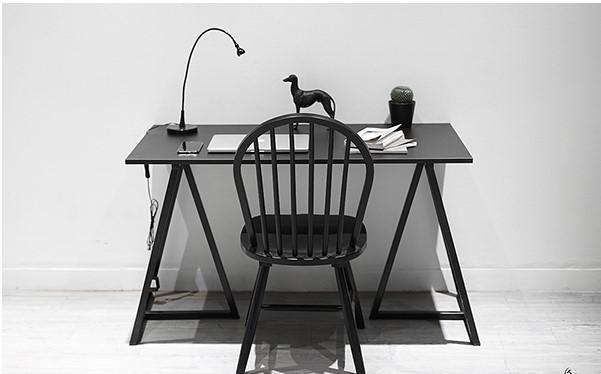Mẫu bàn làm việc hiện đại chân sắt đơn